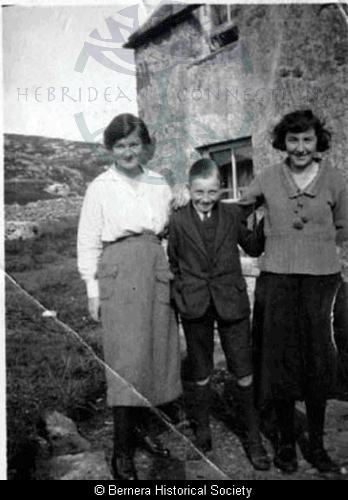 The Macdonald children from Thule House