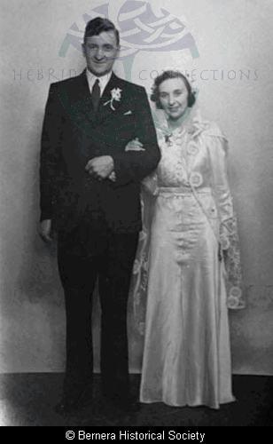 Murdo and Mary Macdonald, Thule House