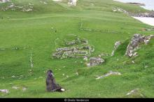 Ruins on Pabbay <a href='/image-details/89451'>(more info)</a>