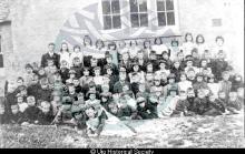 Valtos School photograph, 1904 <a href='/image-details/88475'>(more info)</a>