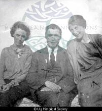 Bella Campbell, Alasdair Maciver and Mary Barbara Maciver <a href='/image-details/88422'>(more info)</a>