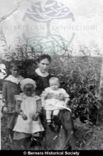 Annie Maclennan,10 Kirkibost with three of her children <a href='/image-details/83599'>(more info)</a>