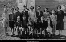 Crulivig school pupils and teacher in front of teacher's house (late 1950s) <a href='/image-details/89695'>(more info)</a>